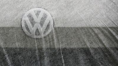 Hearings in Volkswagen investor lawsuit on hold until end-November
