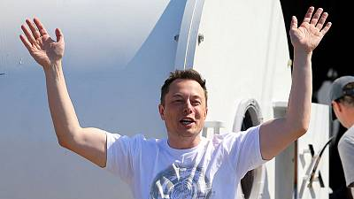 Elon Musk's SpaceX to name first passenger for moon voyage