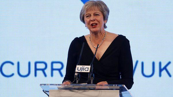 رئيسة وزراء بريطانيا تتعهد بالدفاع عن اليهود وإسرائيل
