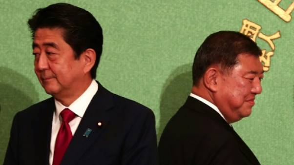 Japon: Abe veut être réélu à la tête de son parti pour réformer la Constitution