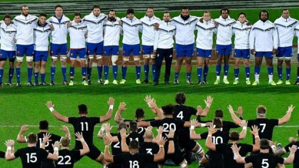 XV de France: de nombreuses places à prendre à un an du Mondial