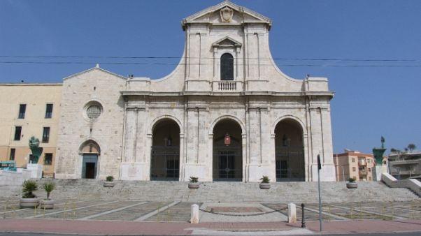 Maltempo: fulmine su basilica di Bonaria
