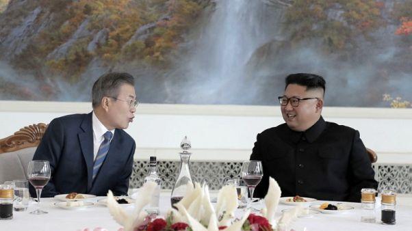 الكرملين يشيد بخطوات زعيمي الكوريتين لحل الأزمة النووية
