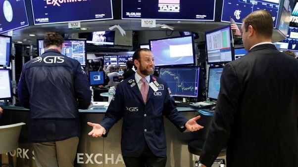 أسهم أمريكا تفتح مرتفعة مع تجاهل المستثمرين للحرب التجارية