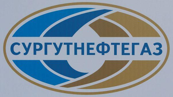 Exclusive - Russian oil firm seeks dollar alternative amid U.S. sanctions threat: traders