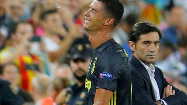Ronaldo sees red as Juventus beat Valencia