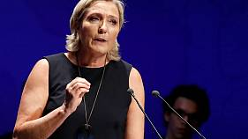 زعيمة اليمين المتطرف الفرنسية لوبان ترفض إخضاعها لتقييم نفسي