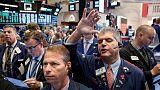 المؤشر داو جونز الصناعي في بورصة وول ستريت يسجل مستوى إغلاق قياسيا مرتفعا