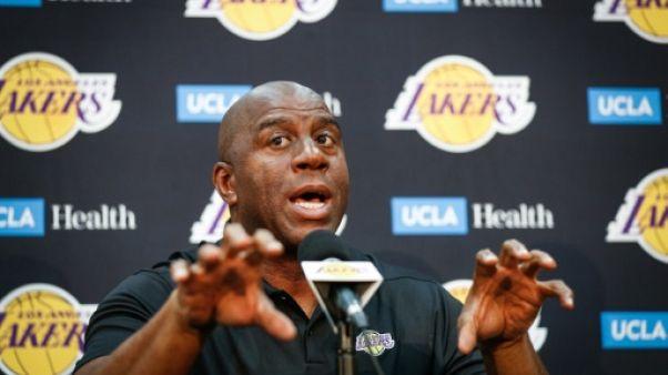"""Magic Johnson: """"LeBron peut ramener les Lakers vers la terre promise"""""""