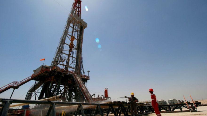 النفط يرتفع مع مخاوف من نقص الإمدادات بعيد دعوة ترامب لخفض الأسعار