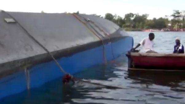 Un naufrage fait 131 morts en Tanzanie: deuil national et arrestations