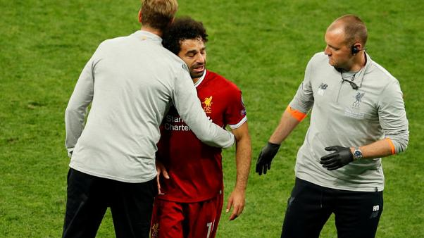 Klopp defends Salah, says Firmino fit to face Saints