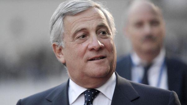 Ue: Tajani a Bannon, fine Ue? Vai a casa