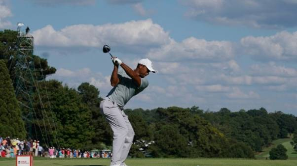 Golf: Woods reste en tête au 2e tour du Tour Championship