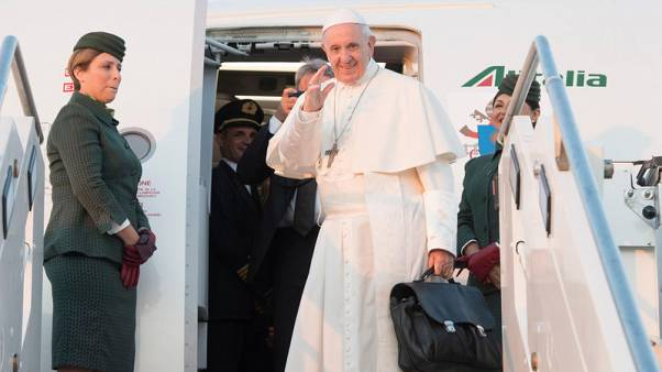 Pope arrives in Lithuania to start tour of Baltic states