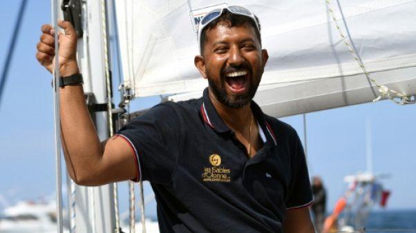 """Le skipper indien Abhilash Tomy """"en sécurité"""" mais pas hors de danger"""