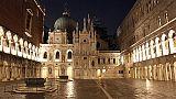 Venezia:'sfregiata' porta Palazzo Ducale