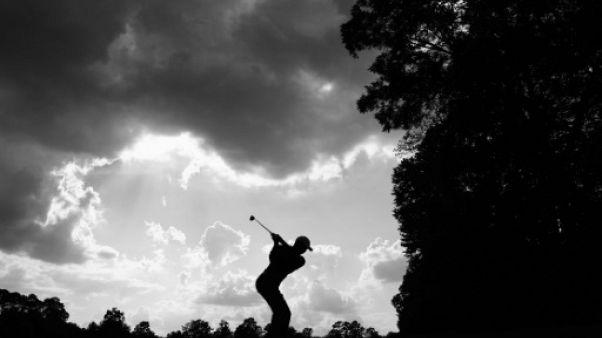 Golf: Woods tout près du but au 3e tour du Tour Championship