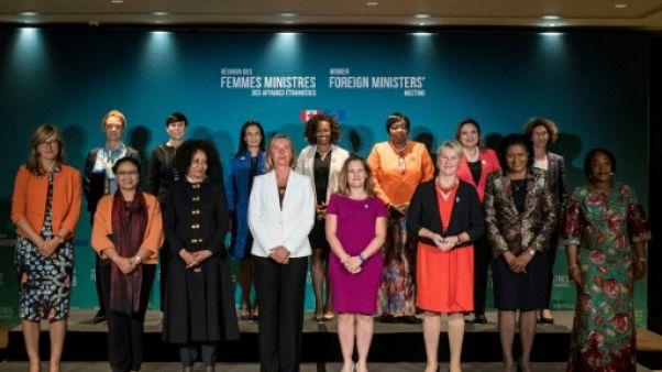 """Canada: 15 femmes MAE promettent de se revoir après un sommet """"historique"""""""