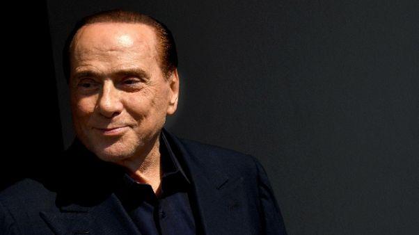 Berlusconi, in democrazia Casalino fuori