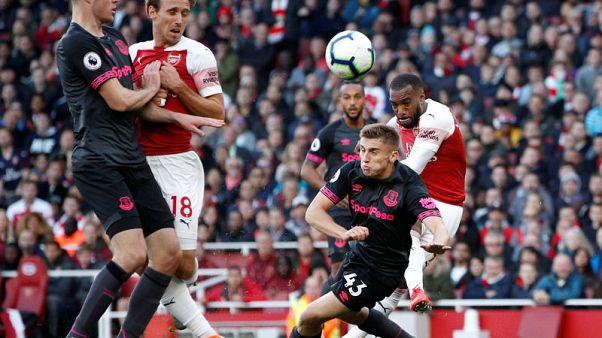 Lacazette, Aubameyang help Arsenal edge past Everton