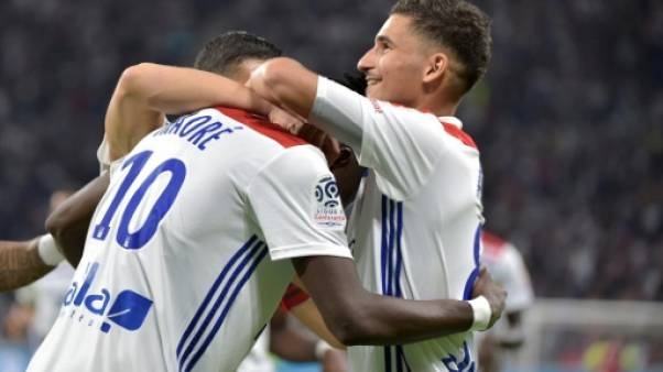 Ligue 1: Lyon punit (encore) Marseille, Paris regagne
