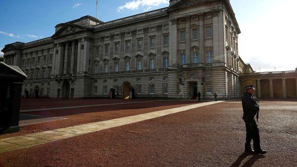 الشرطة البريطانية: رجل تسبب في استنفار أمني بقصر بكنجهام كان يحمل سلسلة مفاتيح