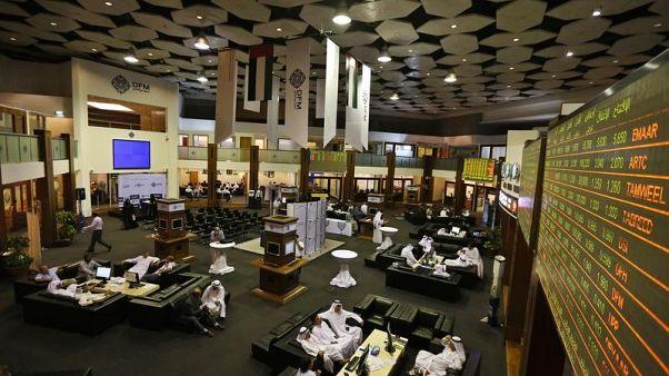 مخاوف التجارة تهبط بسهم موانئ دبي وأوراسكوم للاستثمار تتألق في مصر