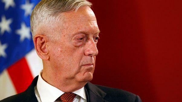 ماتيس يرفض التهديد الإيراني وينفي تورط واشنطن في هجوم العرض العسكري