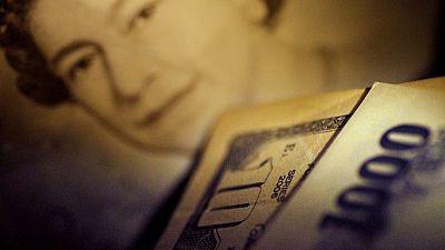 U.S. dollar rises on weaker euro, Fed policy; stocks gain