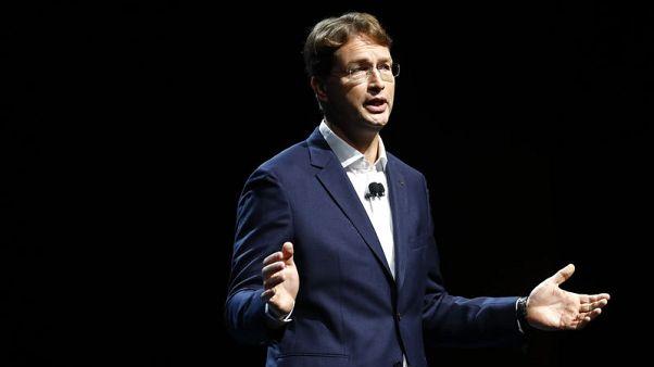 Daimler names Kaellenius as CEO from 2019, Zetsche to become chairman