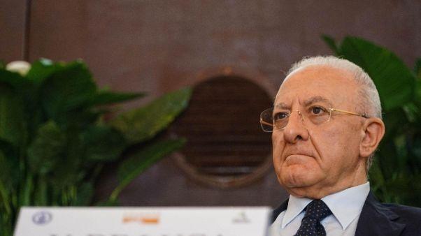 De Luca: sui Rom Salvini segue mia linea
