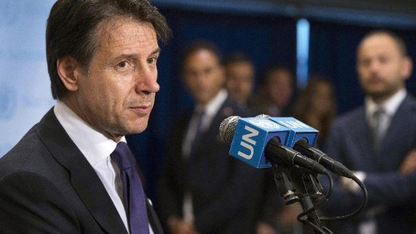 Manovra: pressing M5s, deficit 2,4%