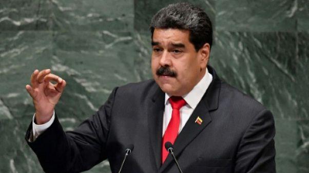 """Maduro propose à Trump de le rencontrer malgré des """"différences abyssales"""""""