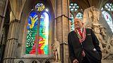 كنيسة وستمنستر آبي تزيح الستار عن (نافذة الملكة) إليزابيث