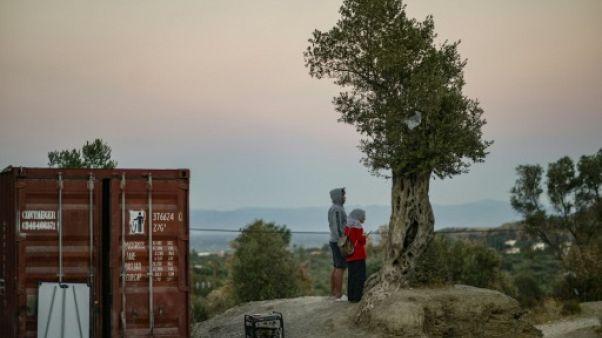 """Attendre et vivoter à Moria, """"honte"""" migratoire pour la Grèce et l'Europe"""