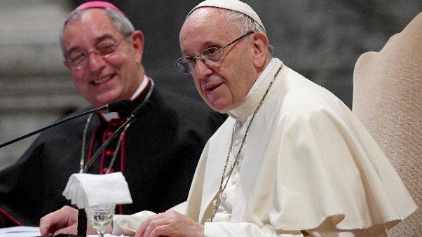Papa: Chiesa accolga coppie conviventi