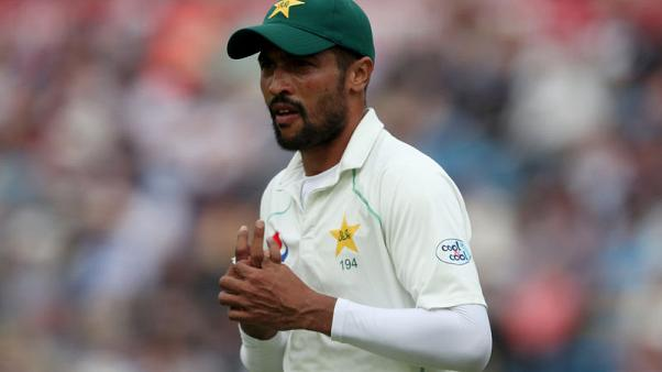 Amir dropped from Pakistan squad for Australia tests