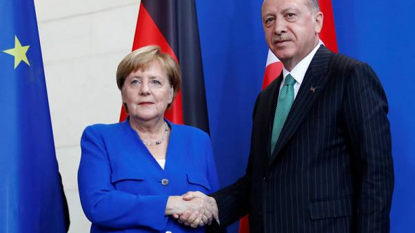 ميركل: اجتماع رباعي بشأن إدلب السورية الشهر المقبل