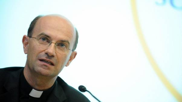 Papa nomina mons. Russo segretario Cei