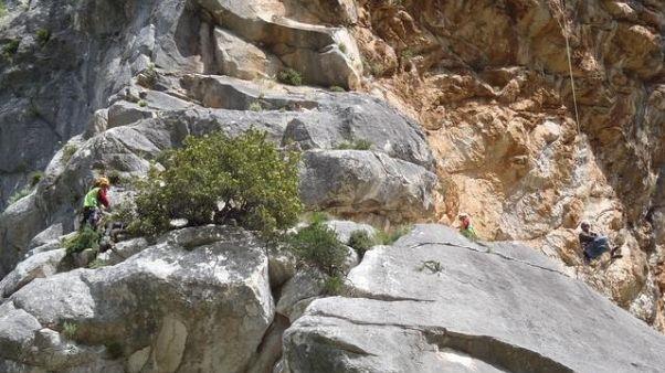 Escursionista cade e muore nel Nuorese