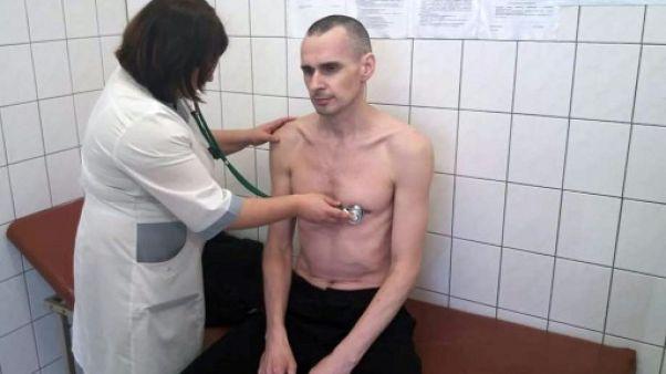 Une photo du cinéaste Sentsov en grève de la faim publiée par les autorités russes