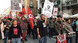 Sfilano in 500 a Bari dopo violenze