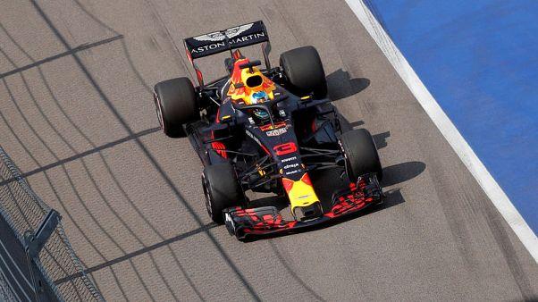 Motor racing - Ricciardo welcomes return of 'Torpedo' Kvyat