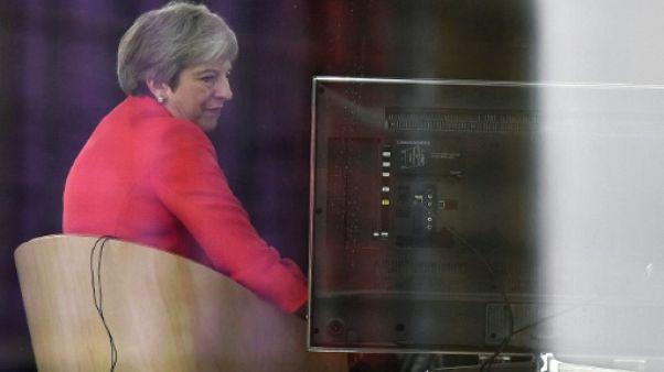 Au congrès des Tories, Theresa May tente de rassembler sur le Brexit