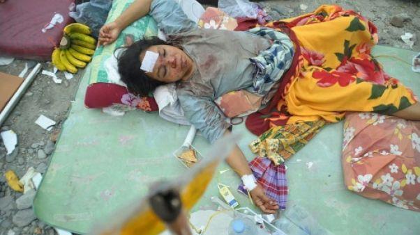 Séisme et tsunami en Indonésie: le bilan passe à au moins 832 morts
