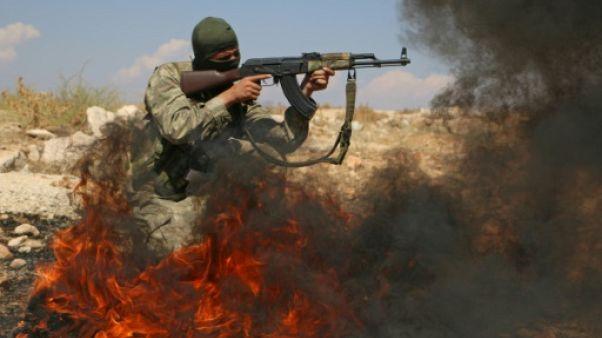 Syrie: des rebelles nient tout retrait d'armes lourdes dans le nord