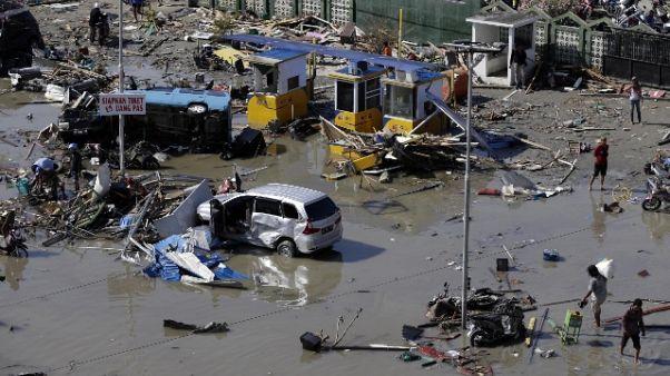 Indonesia: Papa, vicino a gente colpita