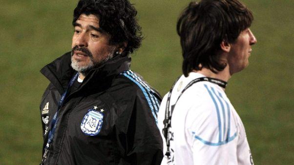 Maradona a Messi, 'lascia la nazionale'