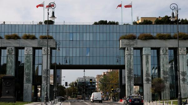 Polish lawyers call on government to abandon legal reform plan